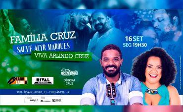 Arlindinho e Débora Cruz no show 'Família Cruz' no Teatro Rival