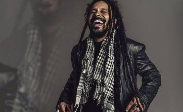 Marcelo Falcão leva à Fundição Progresso show de lançamento de seu primeiro álbum,