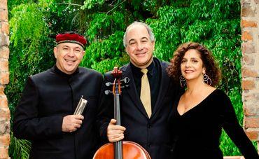 Piazzolla à brasileira com o Harmonitango de Zagury, Santoro e Staneck