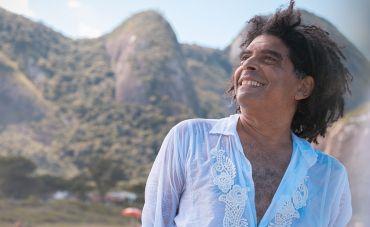 Terceiro show da série 'Em casa' tem encontro inédito de Marcos Sacramento e Leandro Braga