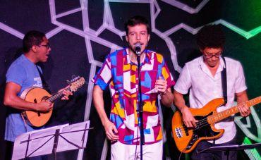 João Cavalcanti mobiliando a arte do Samba