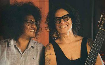 """Zélia Duncan lança o single """"Beijos Longos"""" do álbum  """"Minha Voz Fica"""" que sairá em fevereiro"""