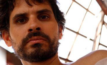 Thiago Amud em lançamento de 'O Cinema que o Sol Não Apaga'