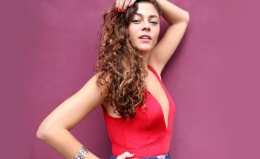 Elisa Gudin lança clipe do samba 'O Melhor Carinho' no dia 15 de maio