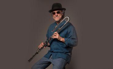 Mauro Senise toca Johnny Alf em 'Ilusão à toa'